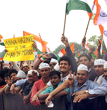 Supporters of Anna Hazare at Ramlila Maidan