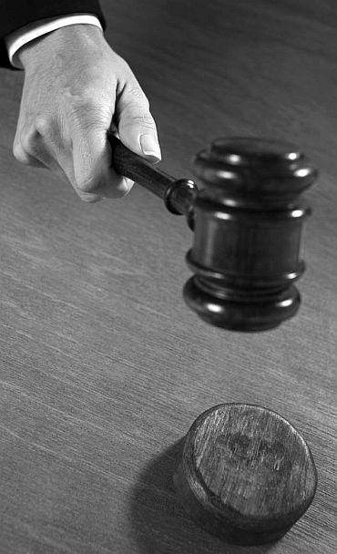 'The Jan Lokpal Bill is very defective'