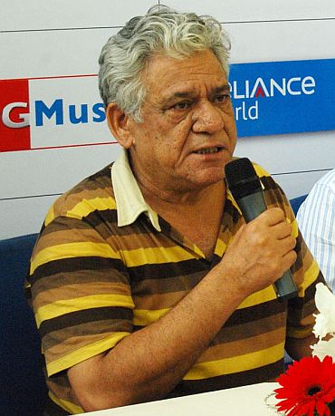 Om Puri, Kiran Bedi face lawmakers' fury