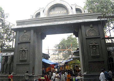 The entrance of the Lalbaughcha Raja mandal