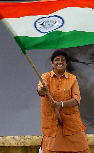 Kiran Bedi at the Anna Hazare protest in Ramlila maidan
