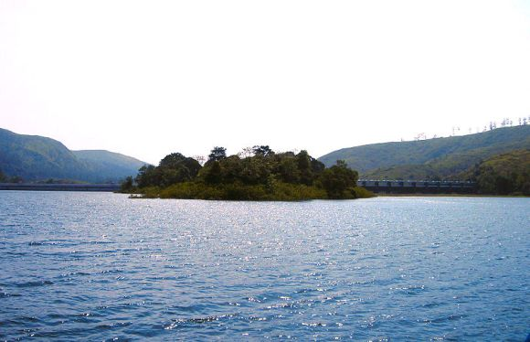 Another view of the Mullaperiyar reservoir