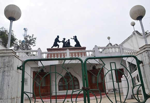 The Nupi Lal memorial in Imphal depicts the women's uprising against the British