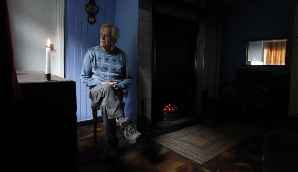PHOTOS: 29 years without electricity