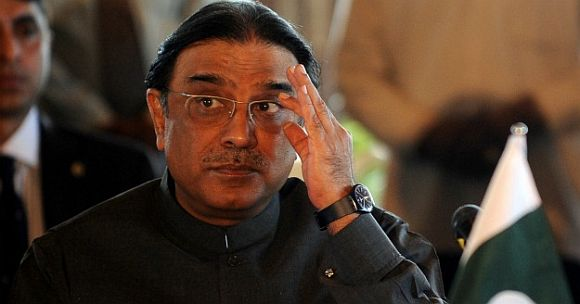 Is Pakistan President Zardari on his way out?