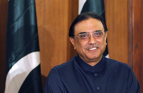 'Zardari will remain in hospital until investigations are complete'