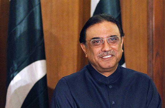 'Zardari will remain in hospital until investigations are complete'