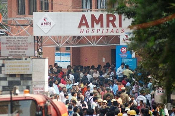 Patients' kin go on rampage at AMRI, lathicharged