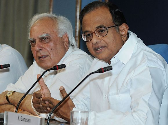 'People in NDA are trying to malign and defame Chidambaram'