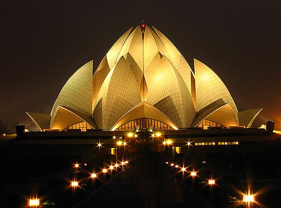 The beautiful Lotus Temple in Delhi