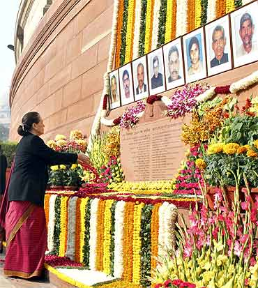 Congress party chief Sonia Gandhi pays homage to the victims of the December 2001 Parliament attack
