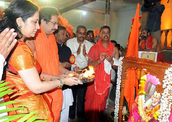 Shiv Sena executive president Uddhav Thackeray was present with his family on the opening day of the festival