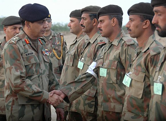 File picture of Pakistan army chief Kayani meeting soldiers in an undisclosed location in that country