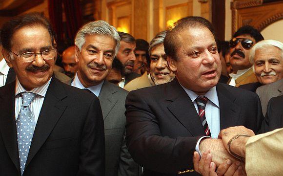 Fil;e photo of Iftikhar Chaudhry with Nawaz Sharif