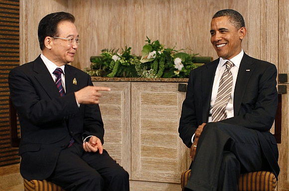 US President Barack Obama meets with China's Premier Wen Jiabao on the sidelines of the East Asia Summit in Nusa Dua, Bali