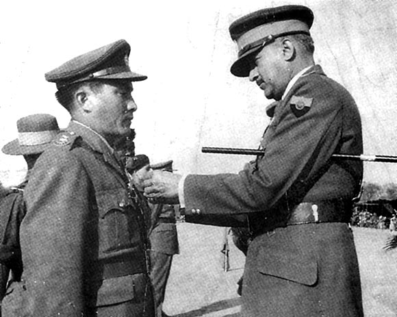 Major Rinchen receives the Seva Medal from the then Chief of the Army Staff, General J N Chaudhury
