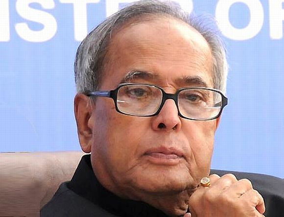 Finance Minister Pranab Mukherjee tried to respond to the opposition to Lokpal Bill in Lok Sabha on Thursday