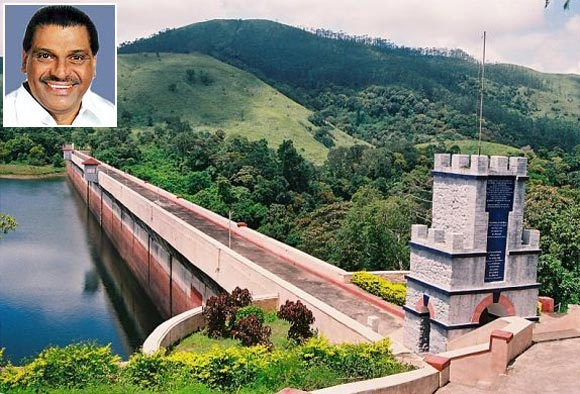 The Mullaperiyar dam and (inset) Thiruvanchur Radhakrishnan
