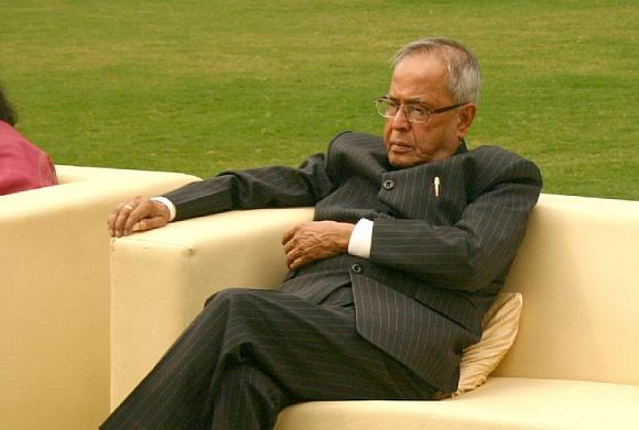 Leave decision-making to Parliament: Pranab on Lokpal
