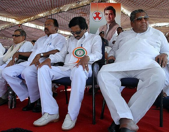 Bangarappa: The ultimate turncoat politician