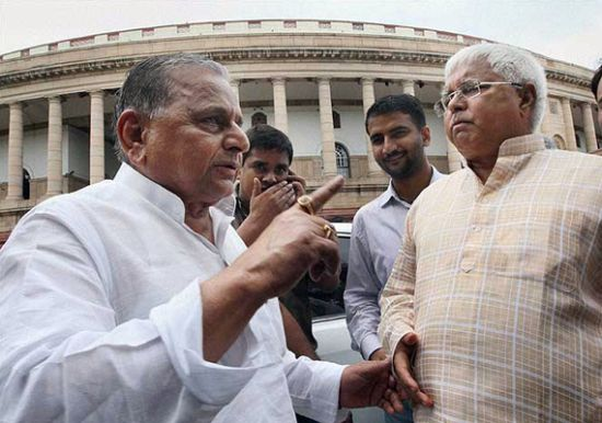 BIG blow to govt: SP, RJD to vote against Lokpal; BSP undecided