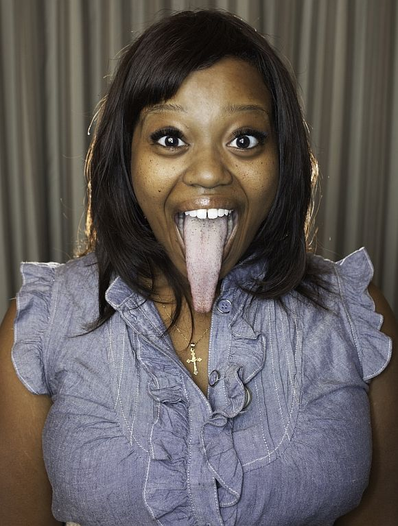 World's Longest Tongue: Chanel Tapper