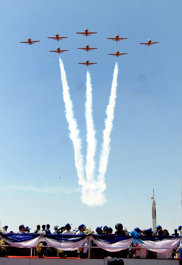 Surya Kirans perform during Aero India 2011