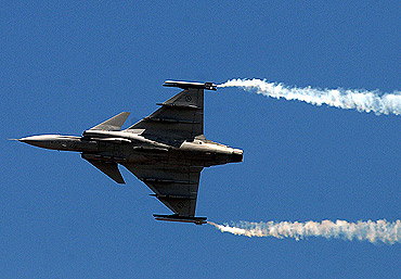 Gripen makes a fly-by