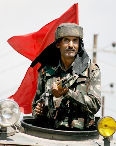 10,000 troops will leave Kashmir this year?