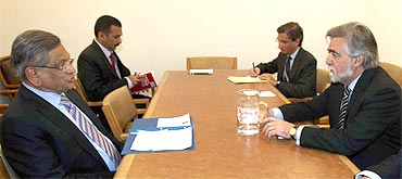 Foreign Minister S M Krishna with Portuguese Foreign Minister Luis Amado at the UN.