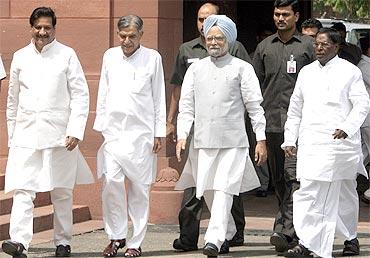 Prithviraj Chavan with Prime Minister Manmohan Singh
