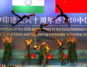 Chinese artists perform to celebrate the 60th anniversary of India-China diplomatic relations