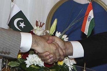 'Grasp India's hand of friendship'