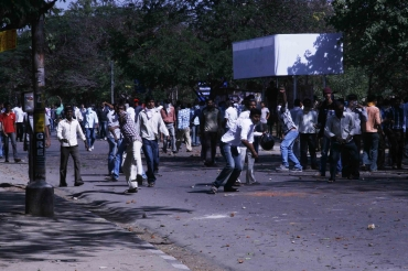 Students demonstrate against the Srikrishna commission report