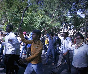 Students take out a march against the Srikrishna committee report