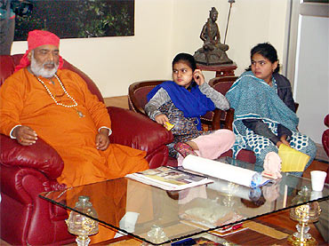 Kalkaji Mahant with Urmila and Mahima