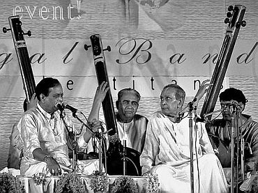 File photo of Pandit Bhimsen Joshi with Balamurali Krishna at a concert