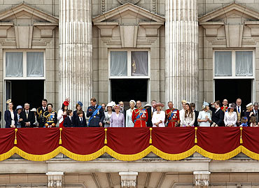 Britain's Queen Elizabeth, Prince Philip and other members of the royal family stand on the balcony of Buckingham Palace