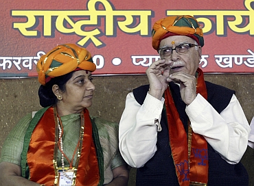 Senior BJP leaders L K Advani and Sushma Swaraj visited Sudheendra Kulkarni in Tihar jail