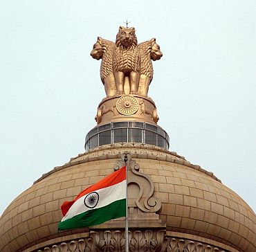 Lokpal seeks to arrogate to itself the power to discipline government servants
