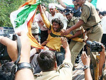 AP govt in crisis as 73 MLAs quit over Telangana