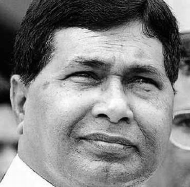 Senior Congress leader K Jana Reddy says no comprimise on Telangana
