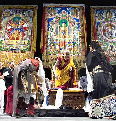 The Dalai Lama greets the faithful at a Kalachakra for World Peace in Washington