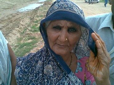Omwati, from Deva Kannagla village