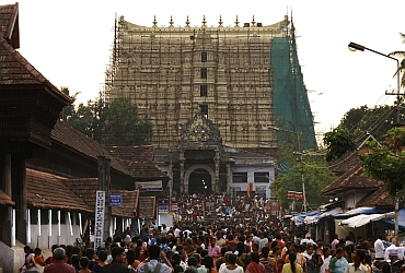 Devotees throng to Sree Padmanabhaswamy temple