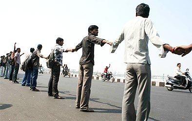 A human chain in support of Telangana