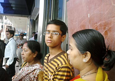 Abhishek outside Saifee Hospital with his family