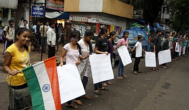 Young Mumbaikars form a human chain near Opera House