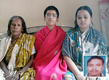Latika Das with daughter-in-law Pronoti and son Abhishek. Inset Baburam