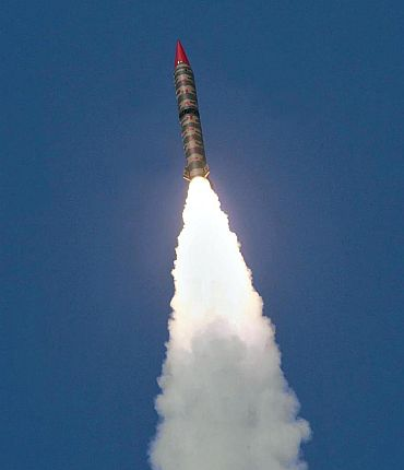 Pak to add 24 missiles in 2011; target India